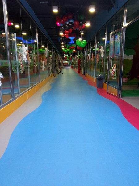 儿童游乐场塑胶地板